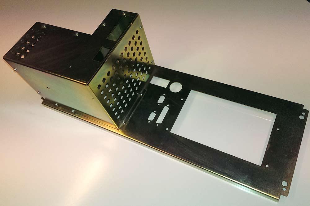 Montageplader til elektronikindustrien